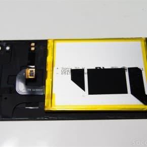 バッテリー/NFC/背面パネル