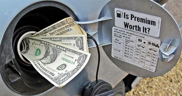 ハイオクとレギュラーの違いはいったい何?指定されたガソリン以外使うとどうなるの?