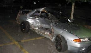 横浜市で24歳男性がR32 スカイラインGT-Rを試乗中にスピンして事故!シフト操作ミスが原因か