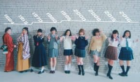 日本の女子高生(JK)に流行った盛りポーズの歴史を1684年から振り返って再現!スケバンからアヒル口まで