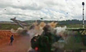 ロシア軍がミサイルを誤って民間人に発射!衝撃的すぎる事故時の映像が公開