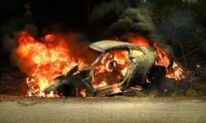 峠を走っていたR35 GT-R NISMOが大炎上の事故で廃車!BRZも横転事故!