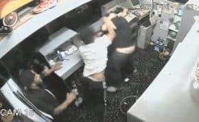 ボウリング場で客が店員に注意されて暴行 ボウリングボールを頭に投げつけやりたい放題大暴れ