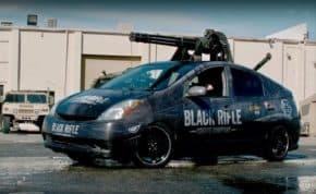 神風ミサイル「トヨタ・プリウス」にM61 バルカンを搭載した最恐の特攻車両が登場