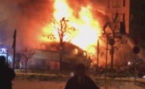 札幌の飲食店「海さくら平岸店」で爆発か!近隣店舗が跡形もなく吹き飛び消滅する大爆発 けが人複数