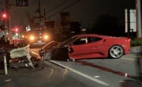 埼玉県で吹かしながらスピード出して暴走していた「フェラーリ・F430」突っ込み大破する事故 運転手は逃走