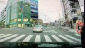"<span class=""title"">愛知県警の厳しい歩行者妨害取締に納得いかない運転手がドラレコ動画公開!これは妨害してる?してない?</span>"